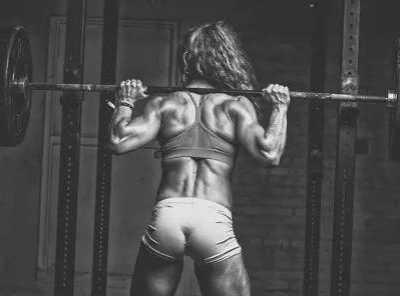女人健身会长肌肉吗 女生健身会不会很容易长肌肉