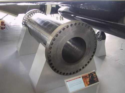 简氏中国神秘超级大炮藏身大漠长达30多米3