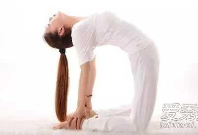 运动瑜伽图片 练瑜伽真的可以长高吗